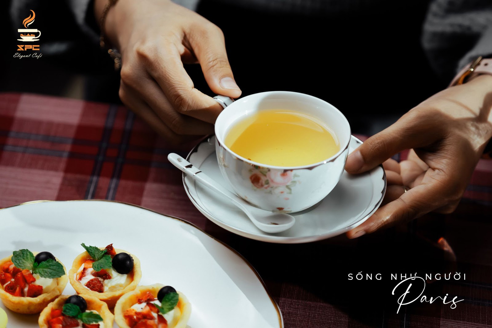 SPC Elegant Café - Paris thu nhỏ giữa lòng Sài Gòn - Ảnh 2.