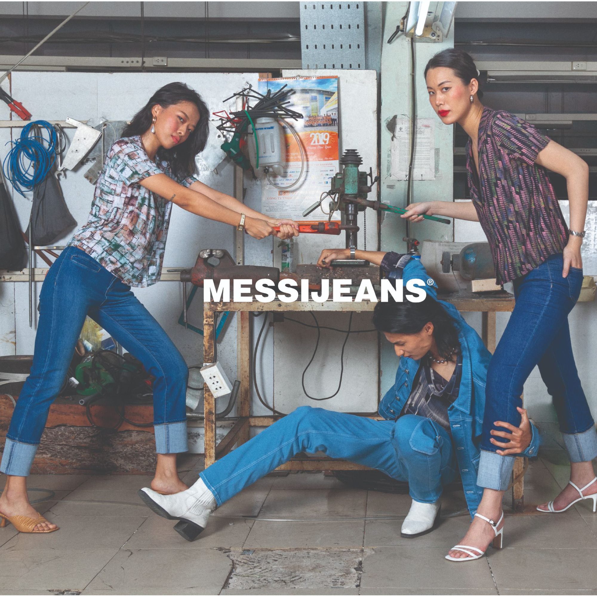 Sự kiện ra mắt BST Nét đẹp lao động của Messi Jeans: Hot fashionista Louis Hà góp mặt, có cả khu vực may túi lấy ngay - Ảnh 1.