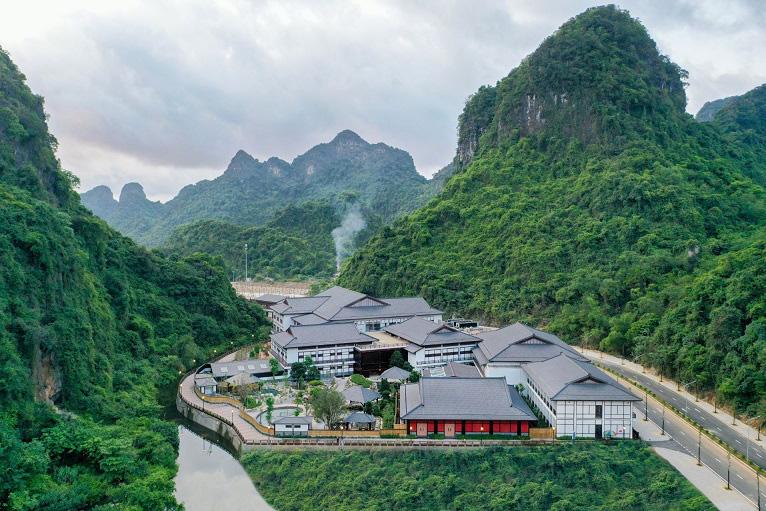 Nghỉ dưỡng tắm onsen tại Quảng Ninh, xu thế tiếp tục hot - Ảnh 3.