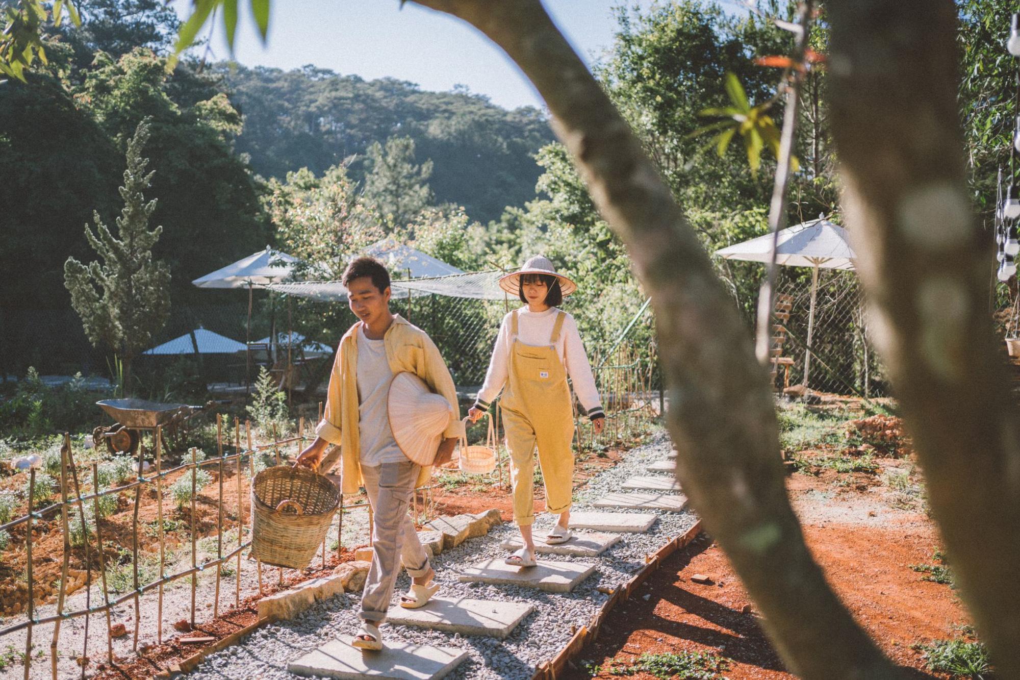 Giấc mơ về Đà Lạt của cặp đôi 9x và khu vườn cún bên bờ suối mộng mơ - Ảnh 3.