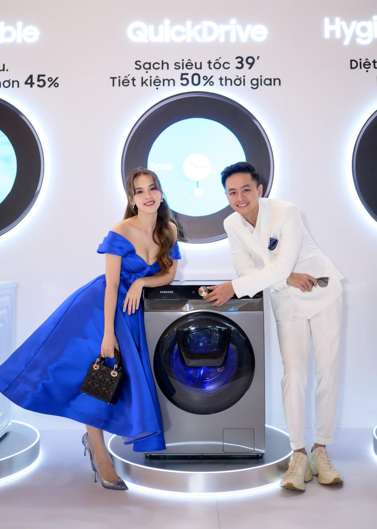 Có gì trong chiếc máy giặt thông minh mới khiến Phạm Quỳnh Anh cho tới vợ chồng đạo diễn Victor Vũ đều mê mẩn? - Ảnh 4.