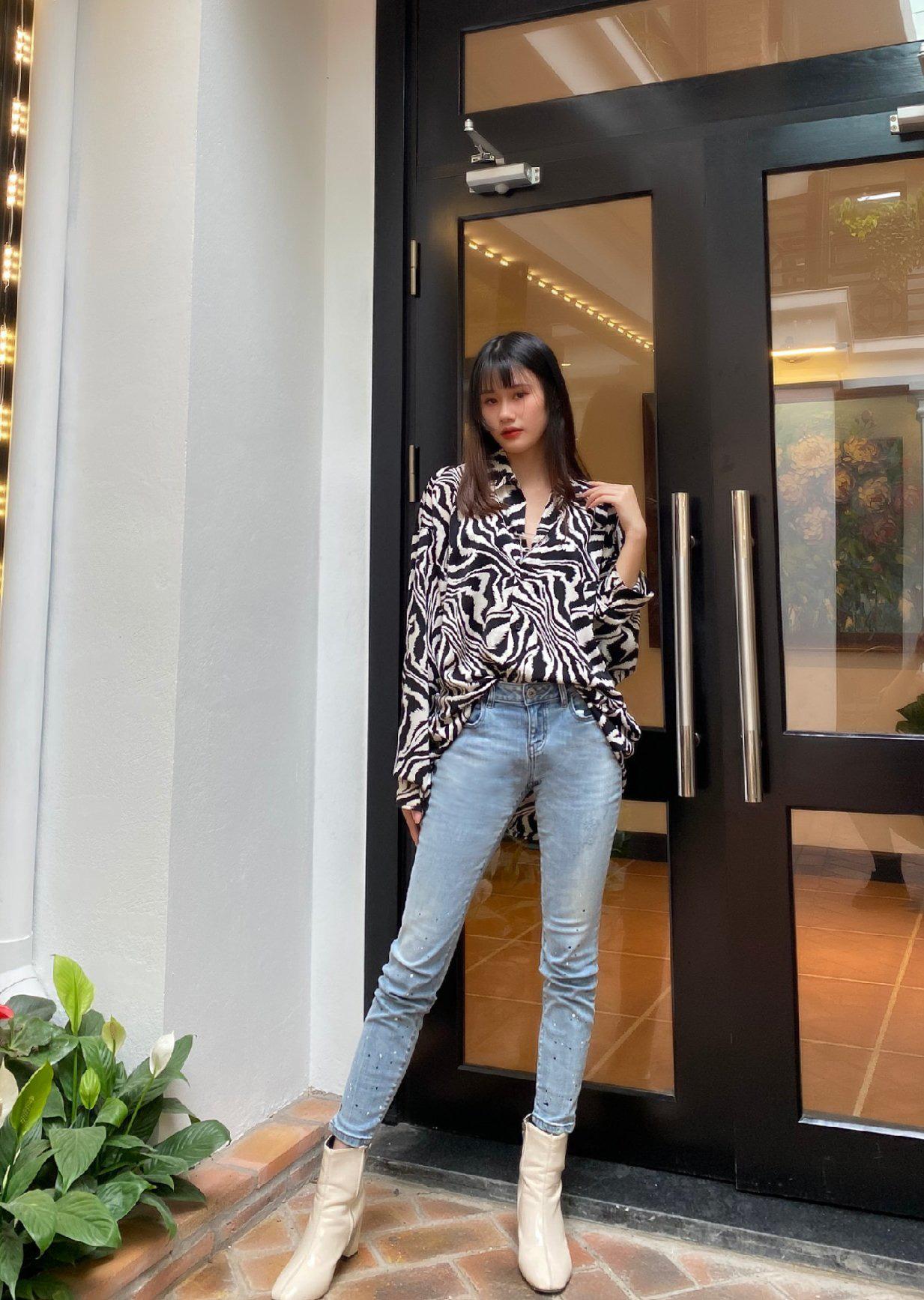 Điểm danh 6 dáng quần jeans mà cô nàng thời trang không thể thiếu - Ảnh 1.