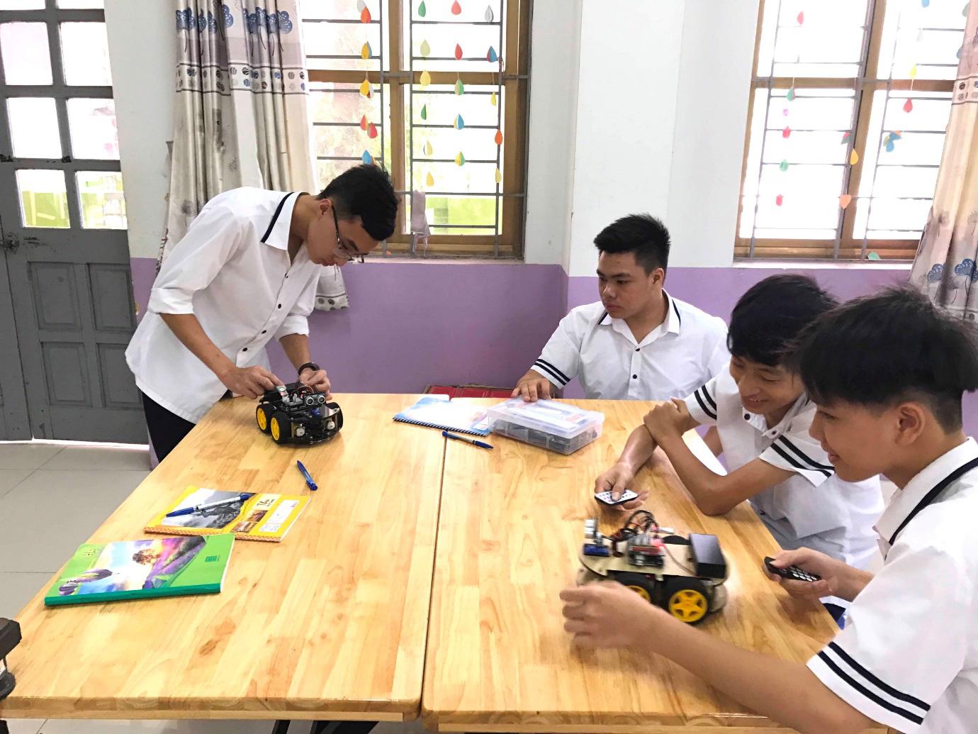 Lớp 10 khởi nghiệp kinh doanh thu hút giới trẻ Hà Nội - Ảnh 5.