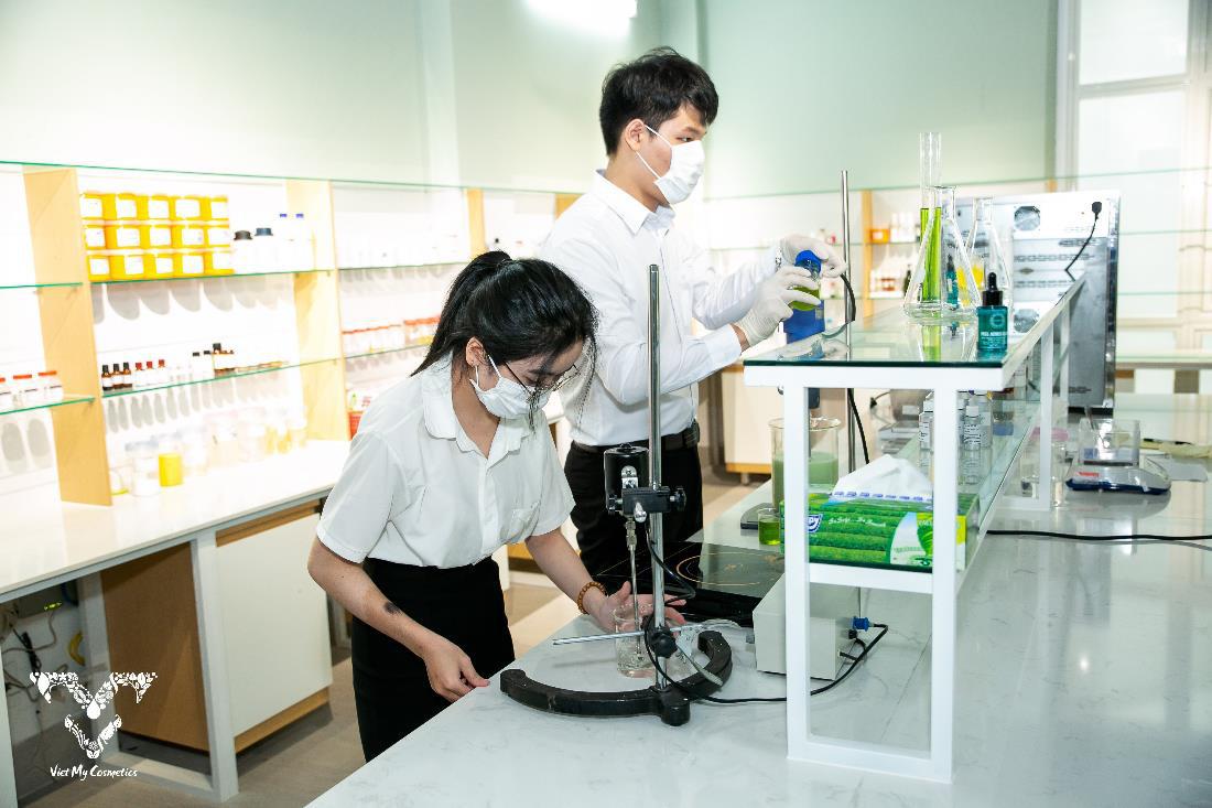Tổng công ty Việt Mỹ Cosmetics - Hành trình chiếm trọn trái tim các tín đồ làm đẹp - Ảnh 2.