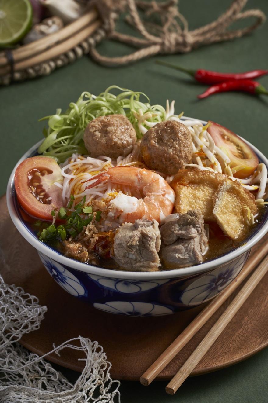 Nhà hàng Cô Chung tại Singapore được báo chí quốc tế khen ngợi - Ảnh 4.