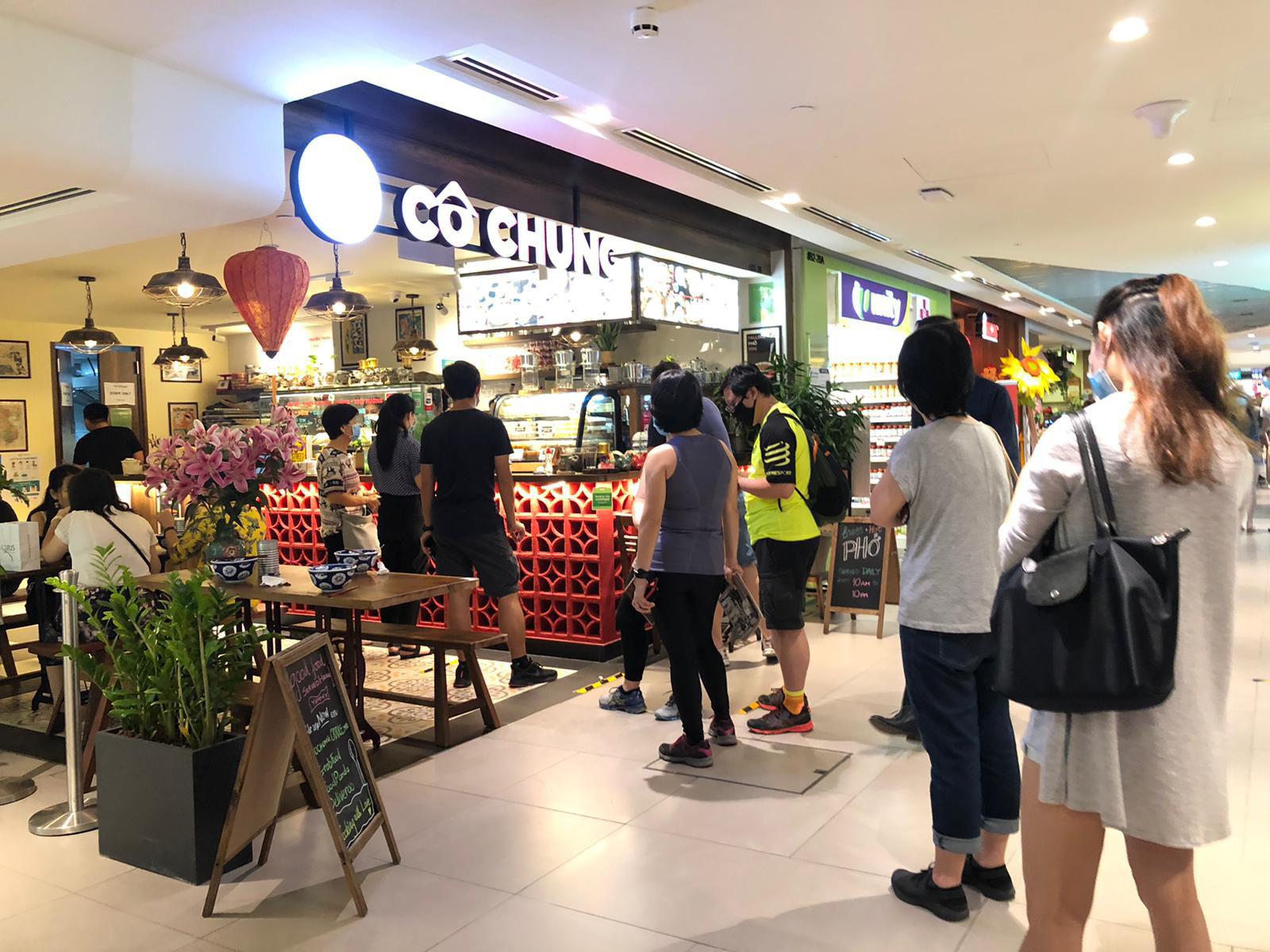 Nhà hàng Cô Chung tại Singapore được báo chí quốc tế khen ngợi - Ảnh 6.
