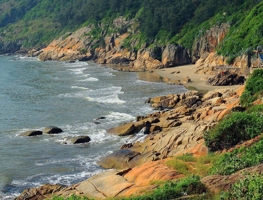 """Sầm Sơn - """"Viên ngọc biển của Đông Dương"""" ẩn chứa những tiềm năng gì? - Ảnh 2."""