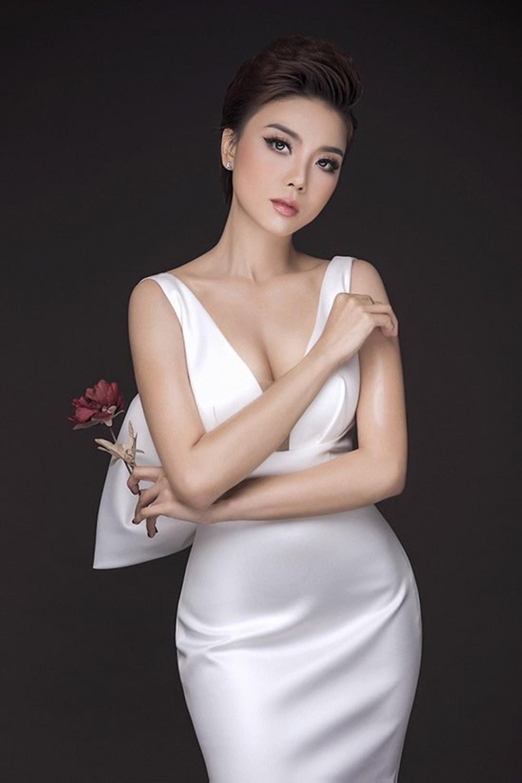 """Ca sĩ Thái Bảo - """"Hoa xương rồng hát tình ca"""" - Ảnh 1."""