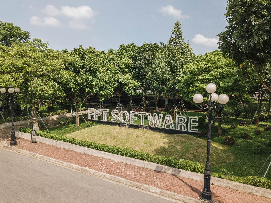 """Campus xanh """"quên lối về"""" của dân công nghệ ngay tại Hà Nội - Ảnh 1."""