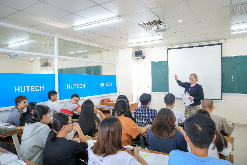 Ngành Ngôn ngữ Anh: Chọn ngôn ngữ toàn cầu, thành công với đại học hội nhập - Ảnh 2.