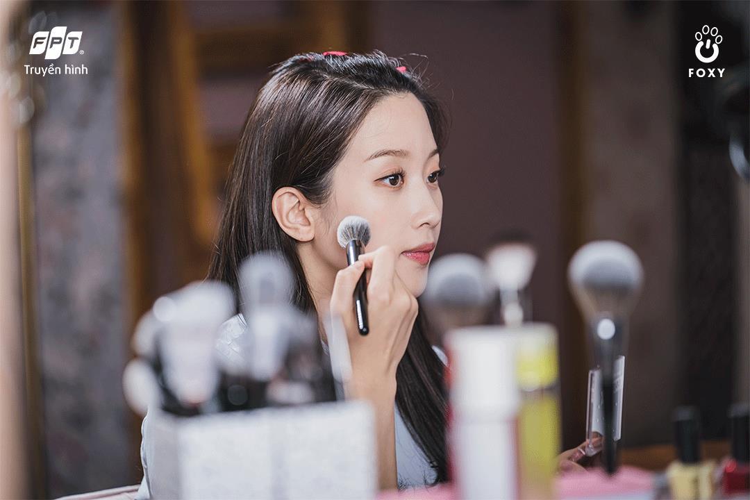Sức mạnh make-up hay tình yêu tuổi học trò, điều gì làm nên thành công của True Beauty? - Ảnh 1.
