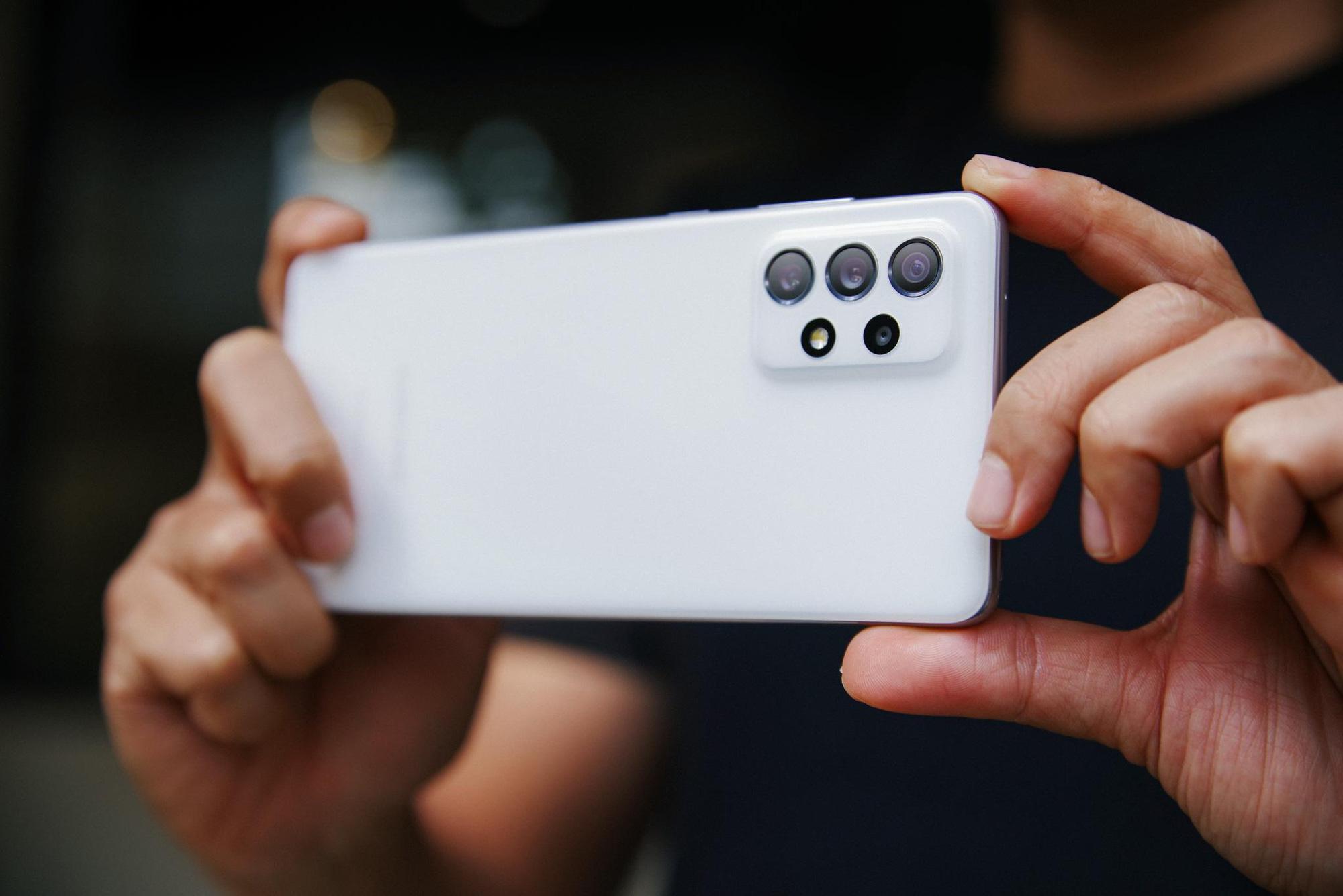 Với những công nghệ này, Galaxy A Series năm nay sẽ là smartphone ở mức giá tầm trung có lực chiến cao nhất hiện tại - Ảnh 2.