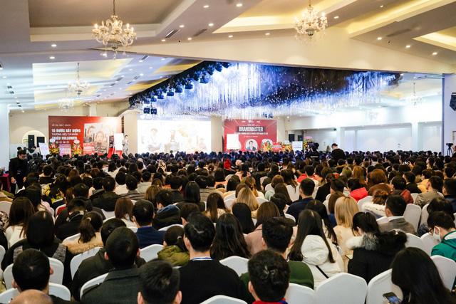 """Tony Dzung: Lãnh đạo thay đổi biến doanh nghiệp thành """"nam châm thu hút nhân tài""""  - Ảnh 1."""