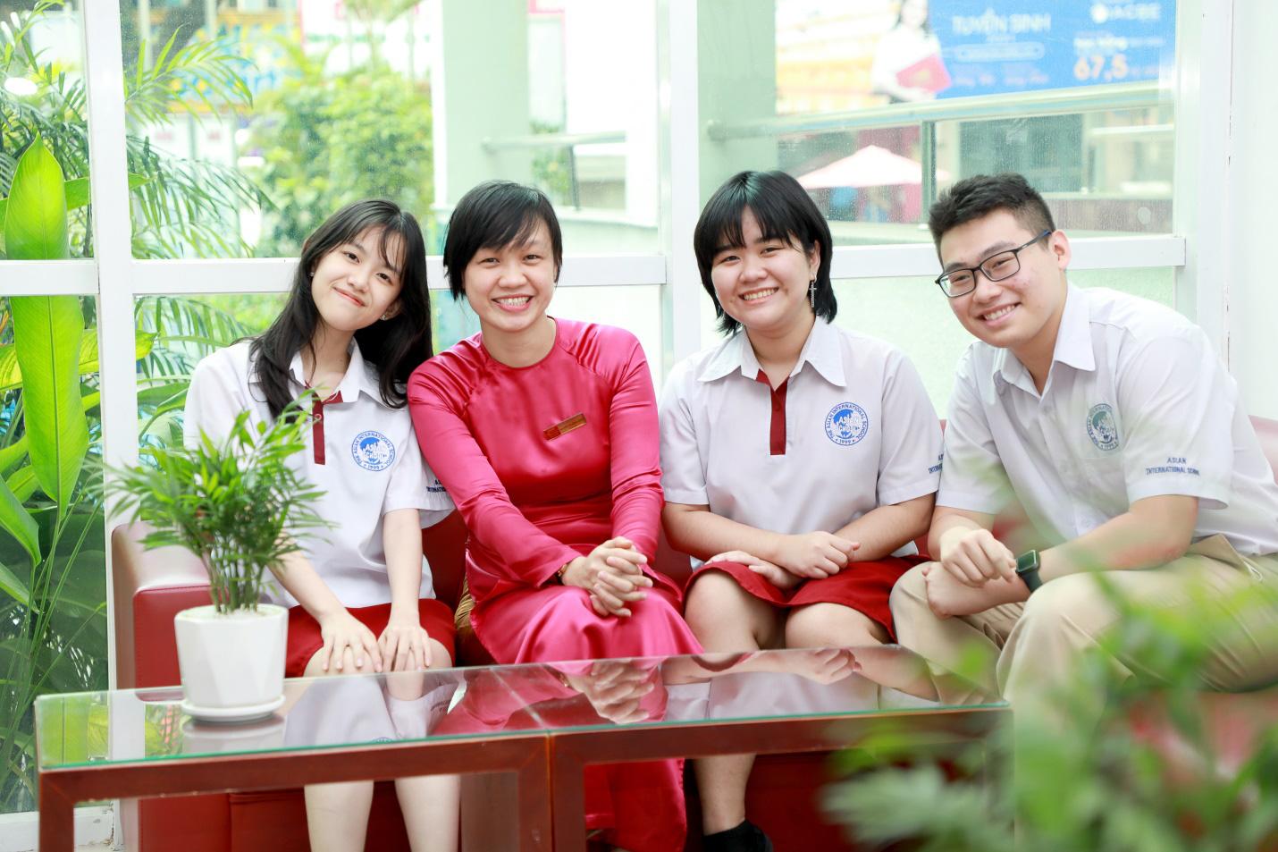Đam mê lịch sử như cậu học trò ngoại quốc Steven Alex Yeo Jiang Jiang - Ảnh 2.