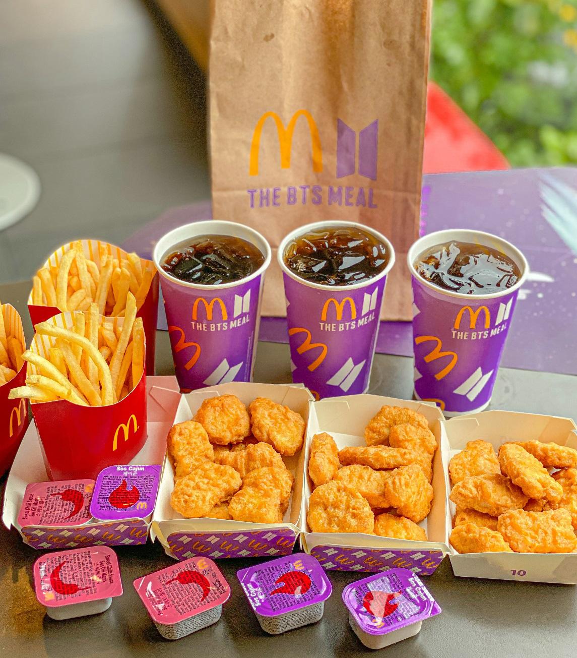 Cùng nhóm nhạc đình đám thế giới BTS thưởng thức Thực đơn từ thần tượng của McDonald's - Ảnh 2.