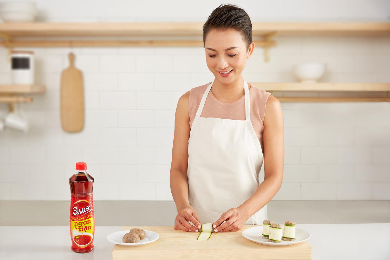 Chân ái mùa hè: Canh bí ngòi nấu tôm với công thức từ chef Tuyết Phạm - Ảnh 4.