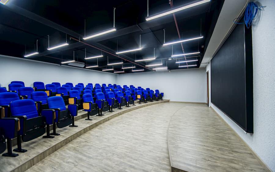 """Đột nhập thư viện """"vừa to, vừa đẹp lại có cả phòng chiếu phim"""" của sinh viên ĐH FPT TP. Hồ Chí Minh - Ảnh 7."""