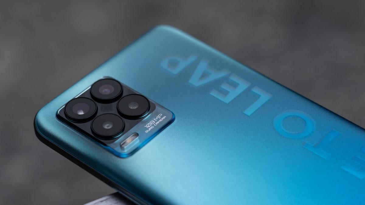 """Chiếc smartphone Realme 8 Pro """"vừa khít"""" gu Gen Z, đặt trước tại Thế Giới Di Động còn được giảm 300k tặng loa bluetooth 1.290.000 đồng - Ảnh 2."""