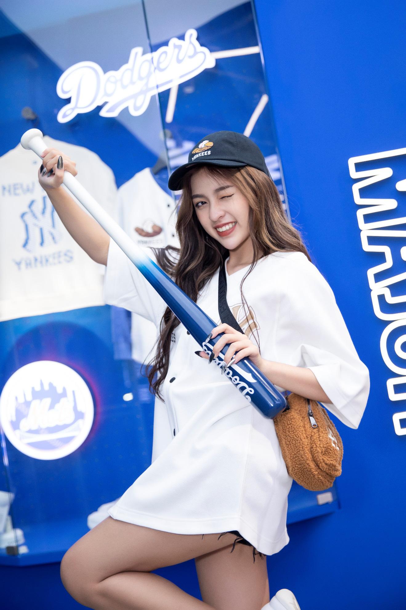MLB khai trương cửa hàng đầu tiên tại Vũng Tàu cực hot, cả Hoàng Duyên, Lê Bống, Thanh Tâm đều xuất hiện - Ảnh 4.