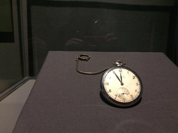 Sự thật đằng sau chiếc đồng hồ đắt giá hàng đầu thế giới mà Albert Einstein sở hữu! - Ảnh 4.