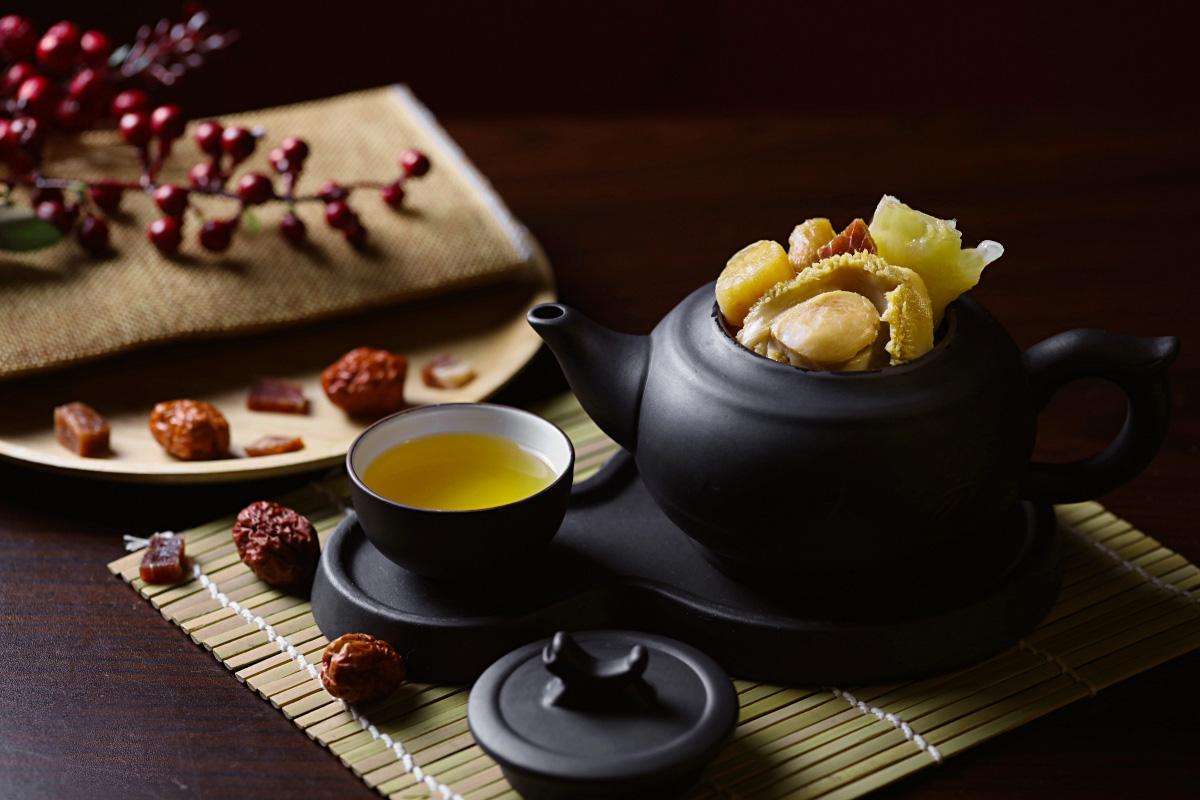 Canh Kungfu Bào Ngư Dim Tu Tac - Món ăn đại bổ cho cả nhà liên hoan Ngày của Mẹ - Ảnh 1.