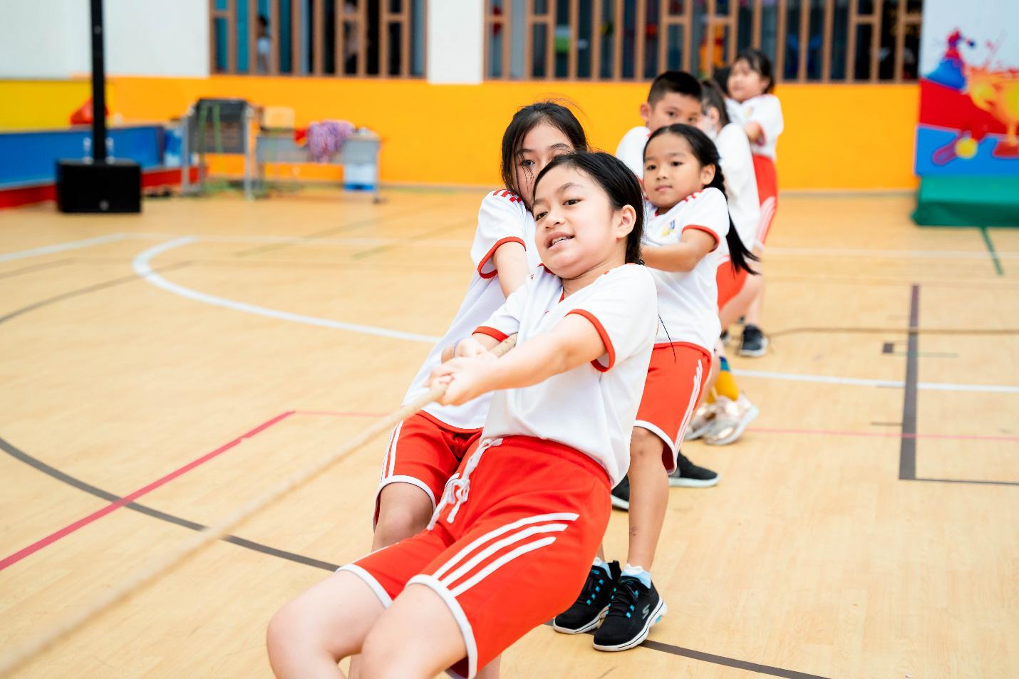 """Bồi đắp một thế hệ trẻ khoẻ thể chất và """"fair play"""" từ các sân chơi thể thao học đường - Ảnh 2."""