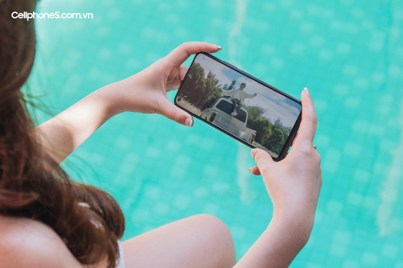 Chọn mua smartphone tầm trung dịp hè, đừng bỏ qua Mi 11 Lite 5G - Ảnh 2.
