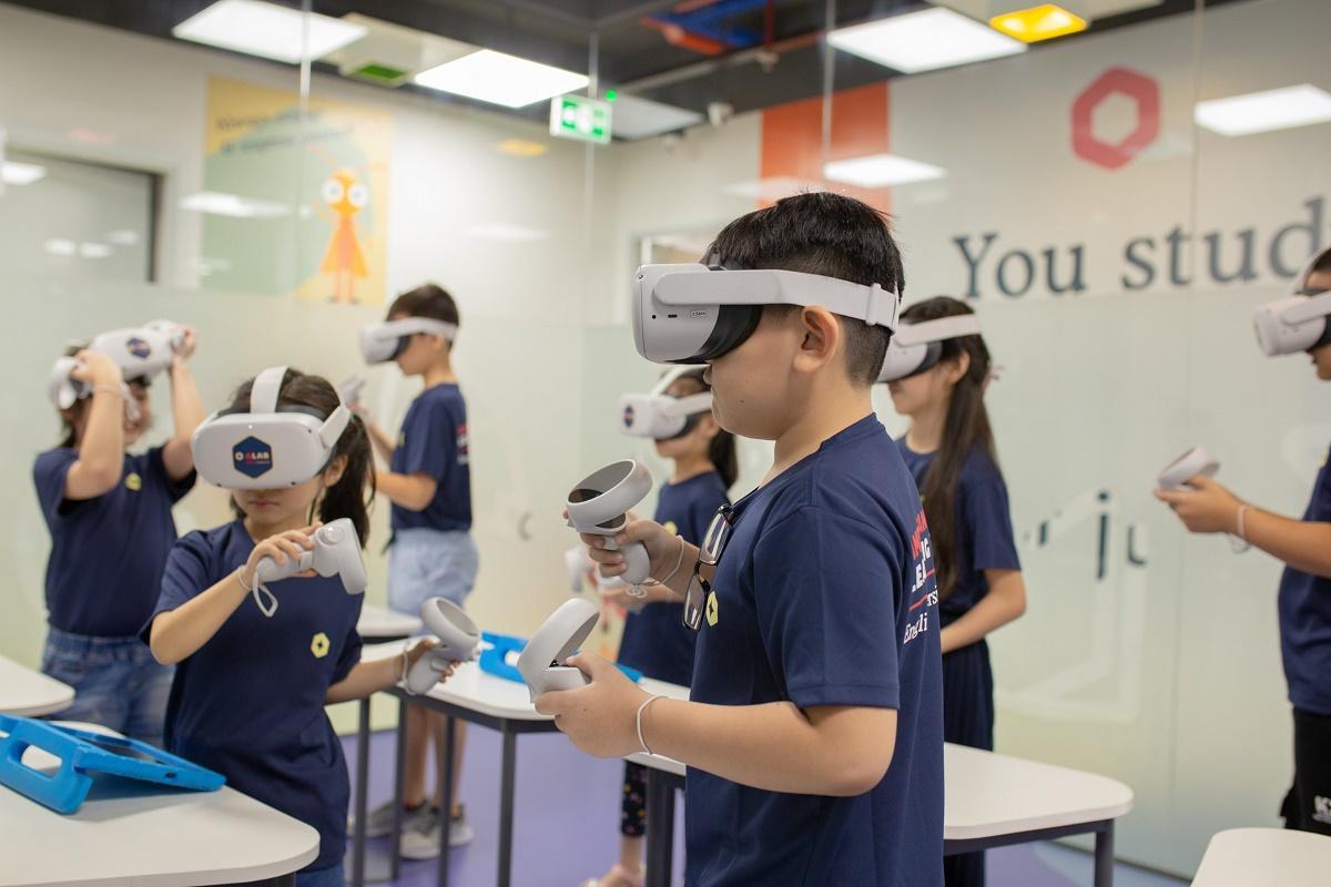 Mùa hè bổ ích với chương trình học tiếng Anh tích hợp công nghệ 4.0 toàn diện tại American Learning Lab - Ảnh 3.