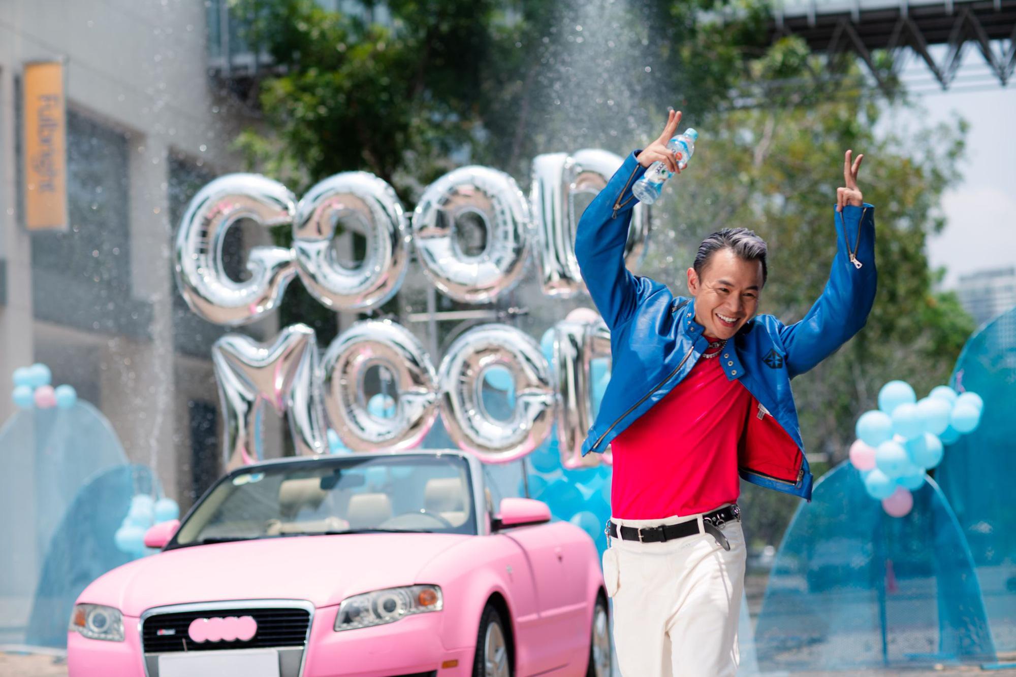 Binz thay đổi 180 độ từ phong thái đến giai điệu trong MV Ờ Mây Zing Good Mood - Ảnh 1.