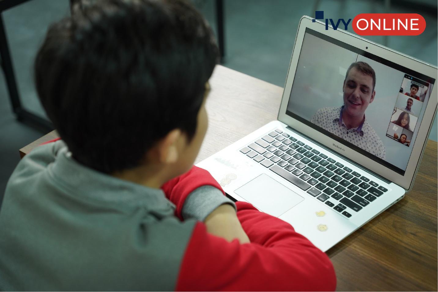 IvyPrep Education ra mắt thương hiệu IvyOnline đào tạo tiếng Anh học thuật và hướng dẫn du học trực tuyến - Ảnh 2.