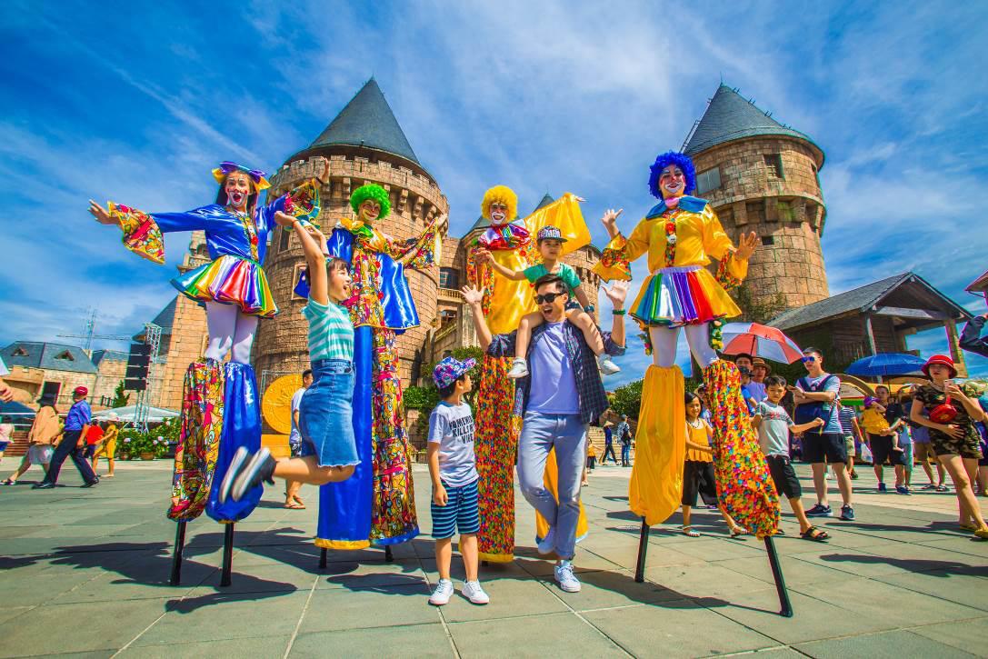 Mục sở thị các công viên giải trí Việt Nam bắt kịp xu hướng thế giới - Ảnh 2.