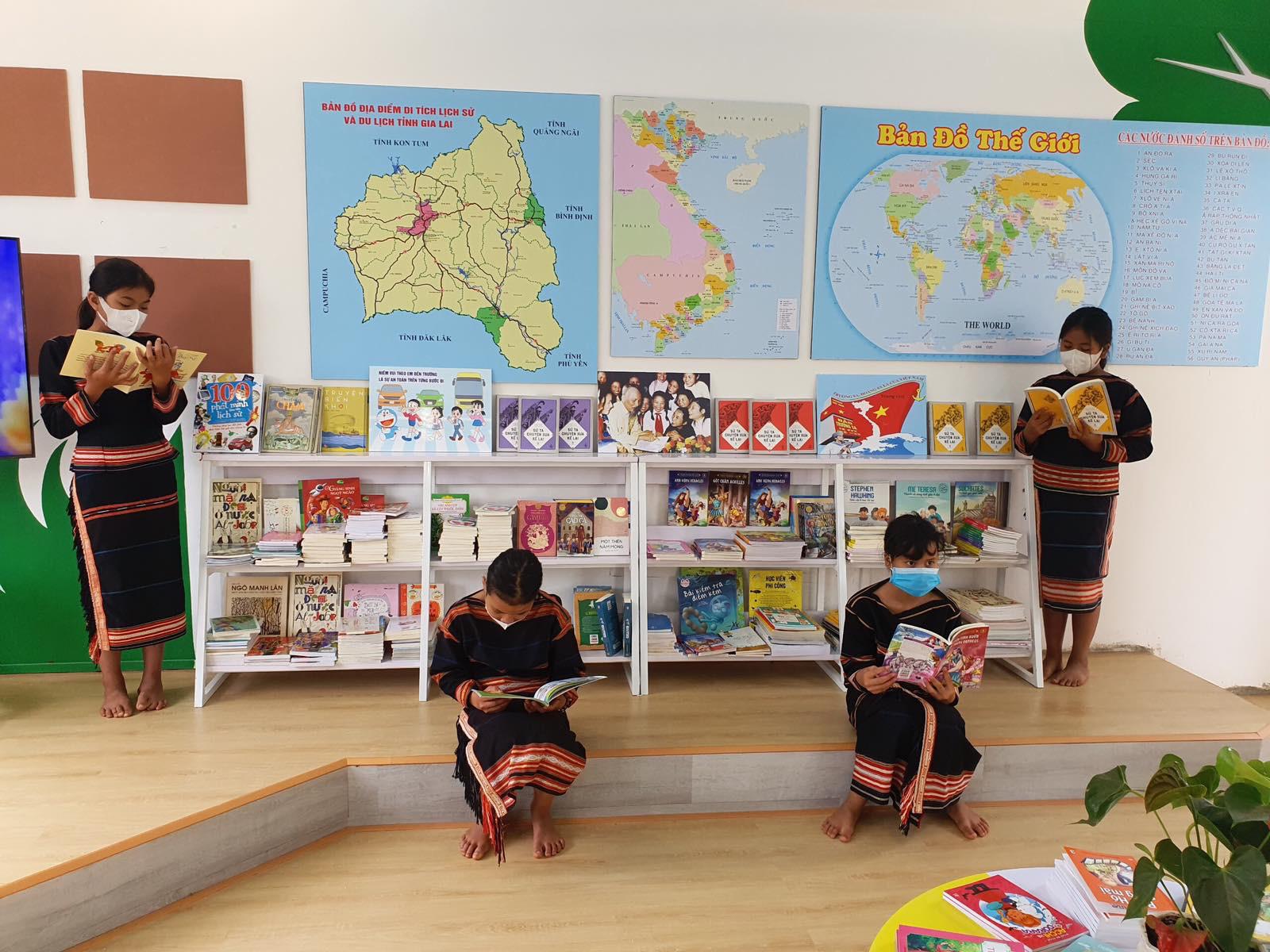 Khánh thành không gian đọc sách mô hình mới tại Pleiku - Ảnh 4.