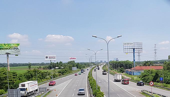 Cao tốc TP.HCM-Long Thành-Dầu Giây là tuyến đường quan trọng giúp kết nối TP HCM với các tỉnh Đông Nam Bộ, Nam Trung Bộ và Tây Nguyên