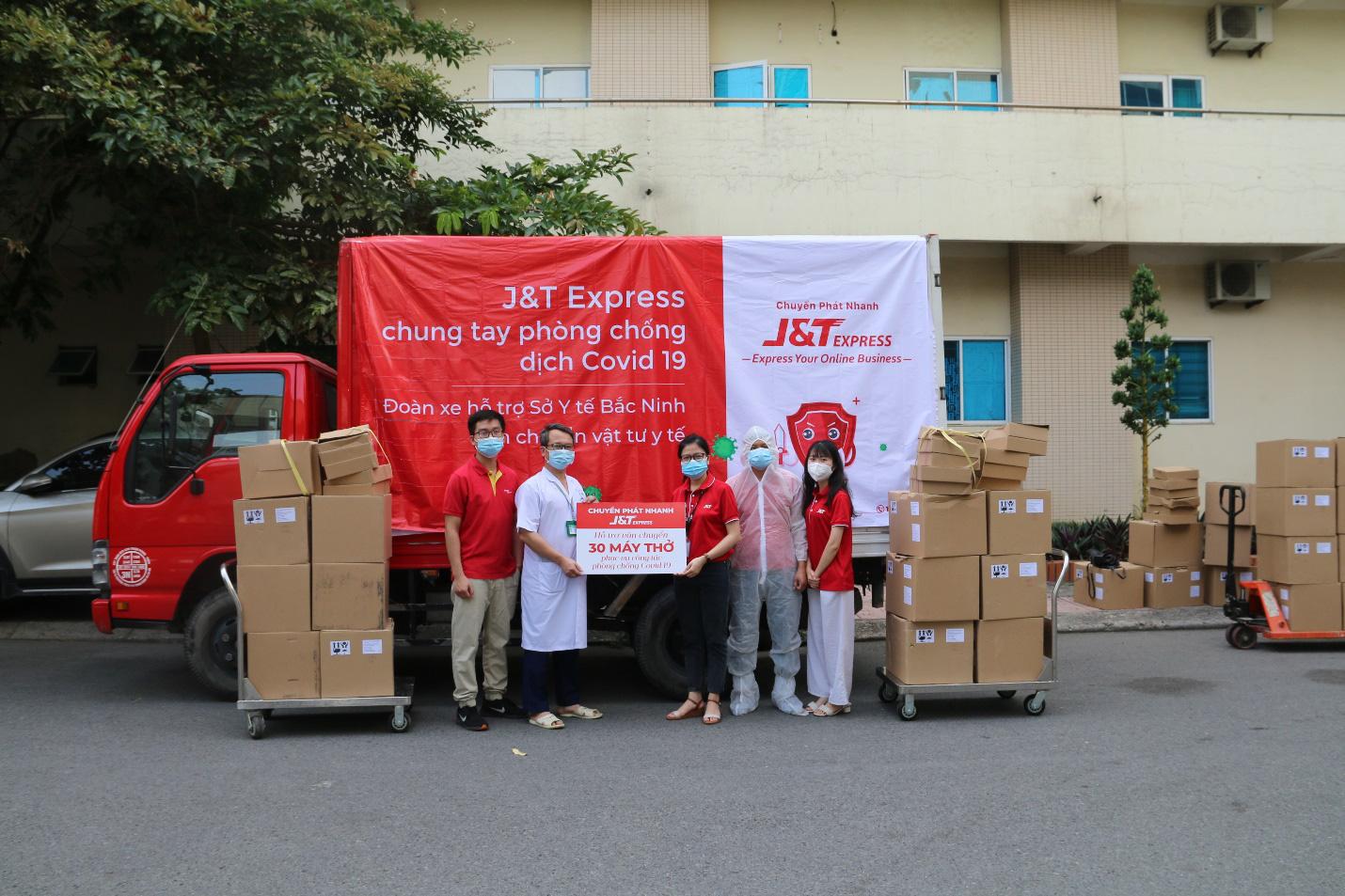 Chuyển phát nhanh J&T Express tiếp sức cùng Việt Nam chống dịch COVID-19 - Ảnh 1.