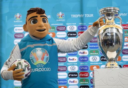 """Tâm điểm thể thao hè 2021 - Cùng MyTV """"lăn"""" theo trái bóng """"Uniforia"""" của UEFA EURO 2020 - Ảnh 1."""