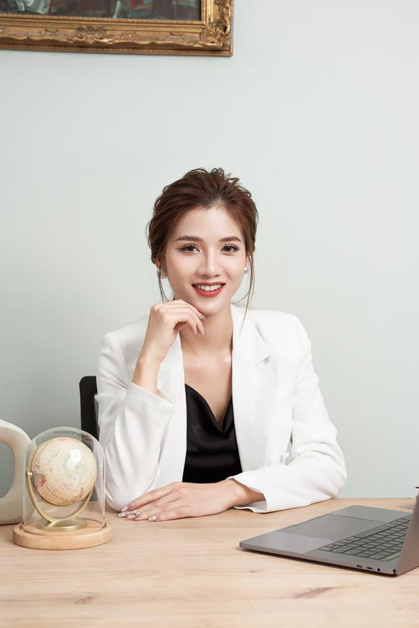CEO Trang Nguyễn - Cô chủ thương hiệu thời trang Genni chia sẻ bài học thay đổi để sống chung với đại dịch Covid-19 - Ảnh 1.