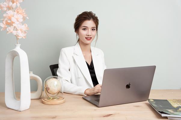 CEO Trang Nguyễn - Cô chủ thương hiệu thời trang Genni chia sẻ bài học thay đổi để sống chung với đại dịch Covid-19 - Ảnh 3.