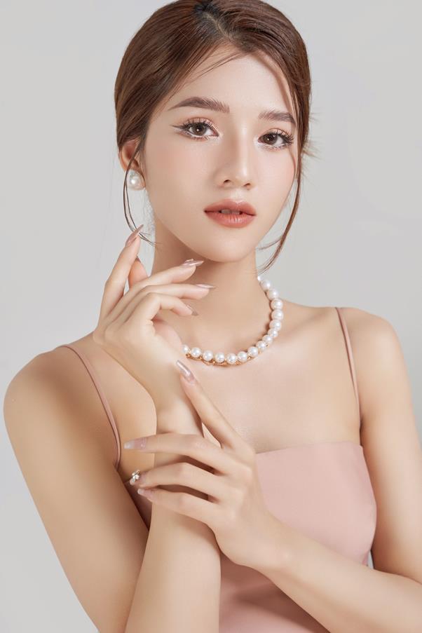 CEO Trang Nguyễn - Cô chủ thương hiệu thời trang Genni chia sẻ bài học thay đổi để sống chung với đại dịch Covid-19 - Ảnh 4.