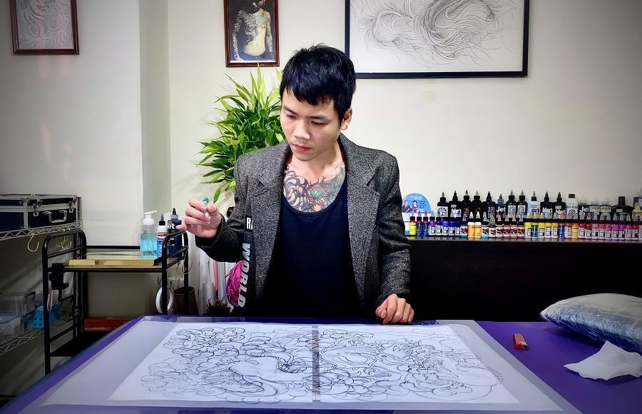 Đam mê mỹ thuật, chàng trai Việt gặt hái thành công với tiệm xăm tại Đài Loan - Ảnh 1.