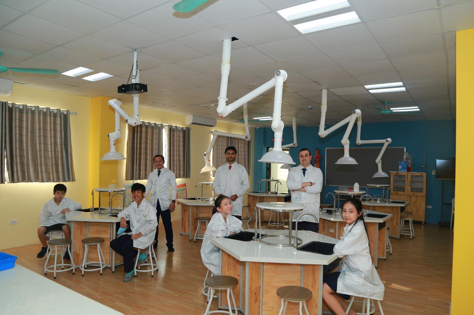 THPT Everest: Học sinh lớp 10 Hà Nội có thêm lựa chọn trường chất lượng cao - Ảnh 5.
