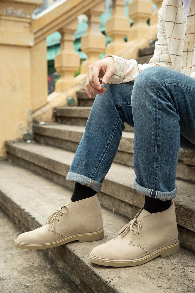 Anh Tú, Khánh Vy đồng hành cùng Desert Boot - đôi giày không tuổi của thương hiệu Clarks - Ảnh 2.