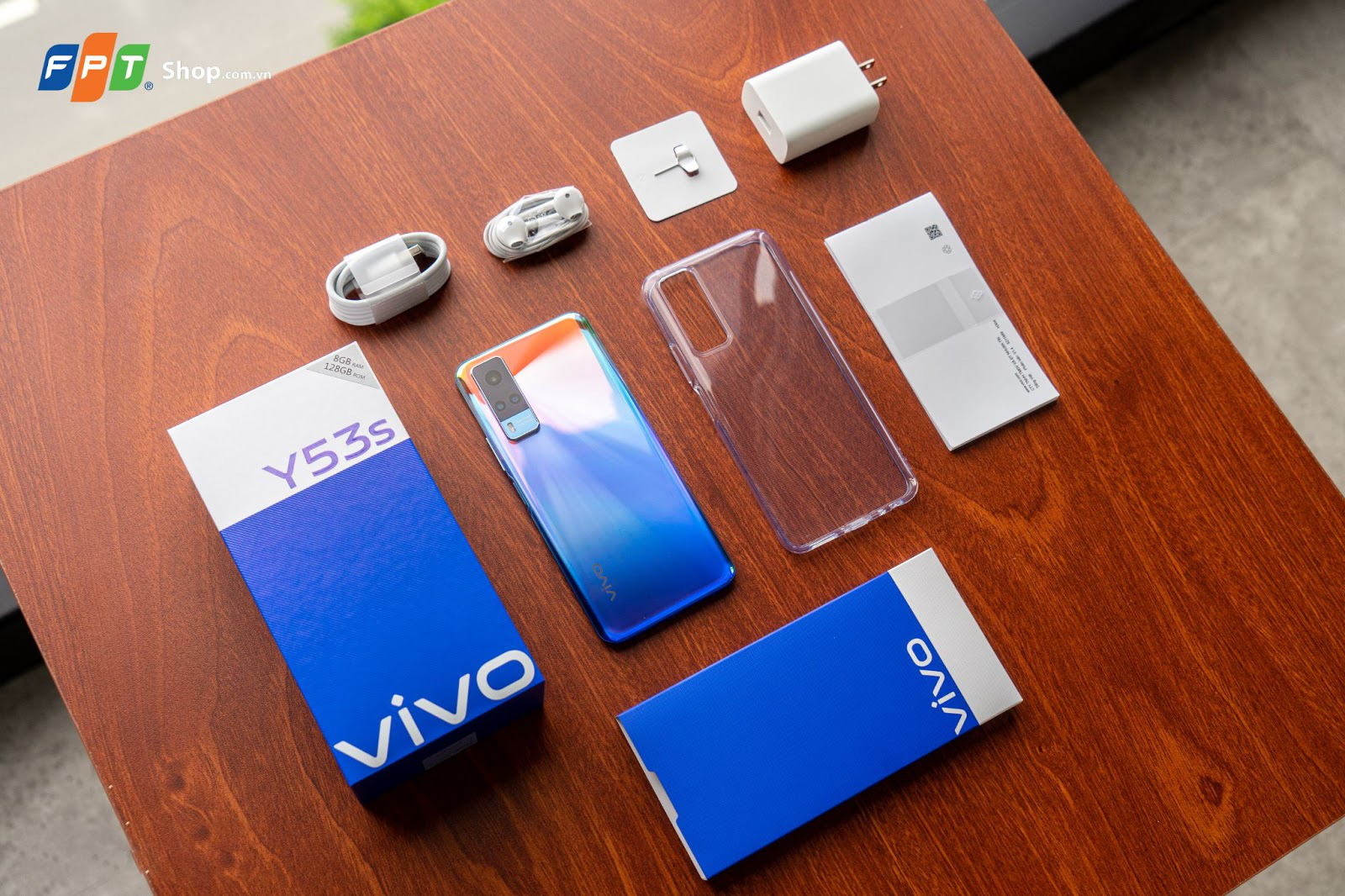FPT Shop giảm 300.000 đồng và giao hàng tận nơi cho khách hàng sở hữu vivo Y53s - Ảnh 2.