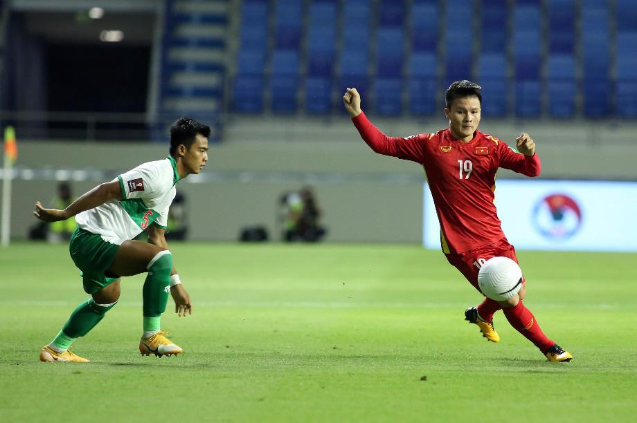 Tự tin, phong độ như tuyển thủ Việt Nam trong và ngoài sân cỏ - Ảnh 4.
