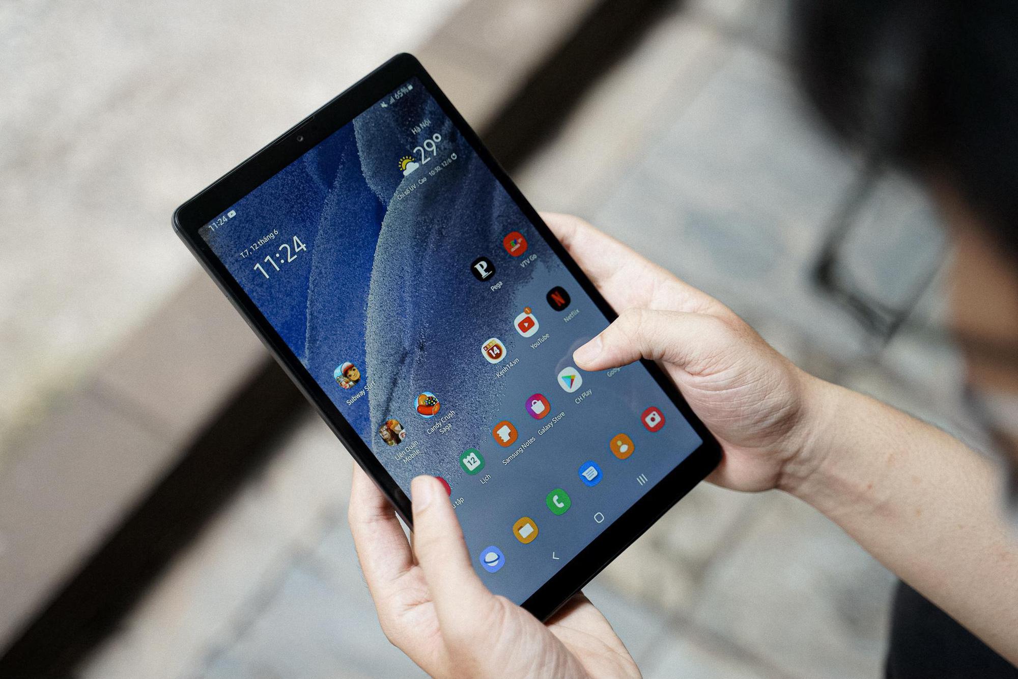 Nhìn những hình ảnh này mới thấy tablet phổ thông giờ vừa đẹp vừa xịn khác gì hàng cao cấp đâu - Ảnh 1.