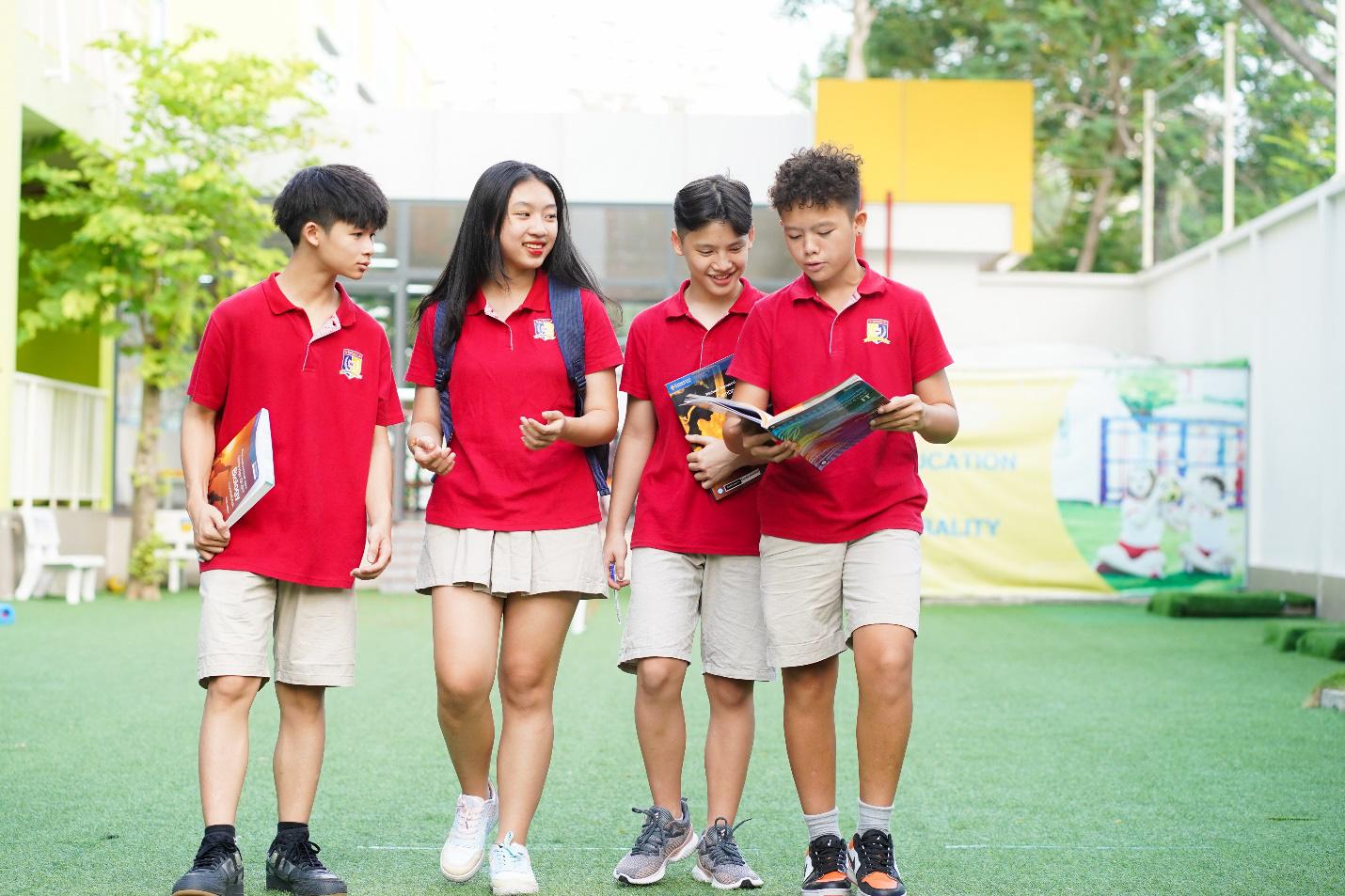 Royal School miễn phí học hè trực tuyến cho học sinh toàn quốc - Ảnh 4.