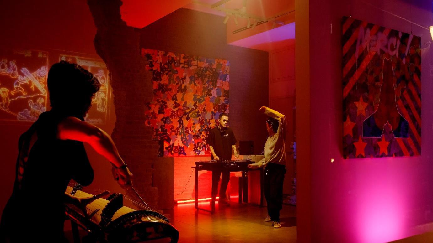 Cyril Kongo và các nghệ sĩ Việt Nam cùng phối hợp trong dự án mang tên Âm - Thanh Sắc - Màu - Ảnh 6.