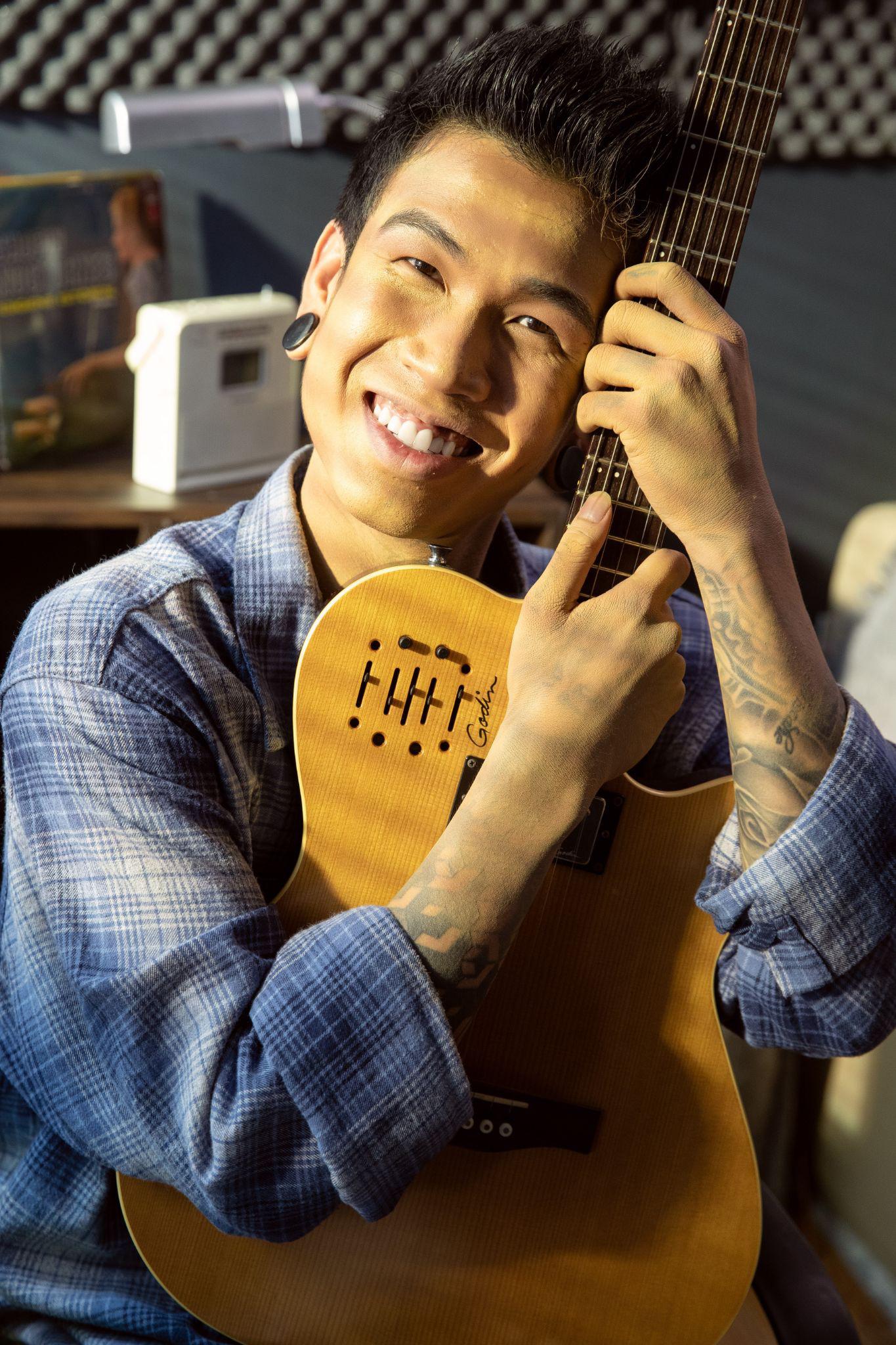 Suni Hạ Linh ra mắt sản phẩm kết hợp producer của BTS, Hoàng Dũng - Dế Choắt góp sức lan tỏa giá trị của lời cảm ơn - Ảnh 4.