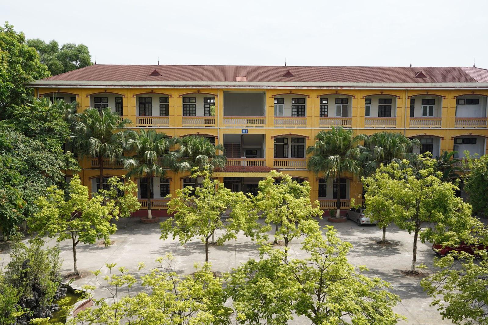 Diện mạo mới của ngôi trường 22 năm tuổi được đầu tư bởi Hệ thống giáo dục CEO Việt Nam High School - Ảnh 2.