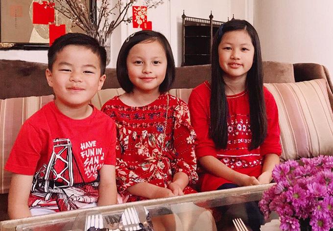 Vợ chồng Ngọc Thúy cùng ba con hỗ trợ người nghèo chống dịch - Ảnh 2.