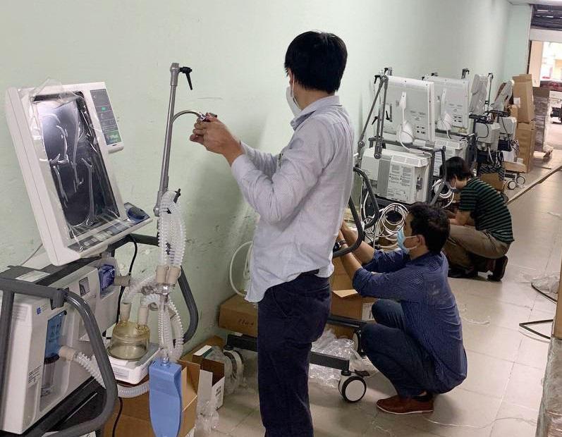 VPBank ủng hộ gấp 715 máy hỗ trợ hô hấp hiện đại cho các tỉnh, thành phía Nam - Ảnh 3.